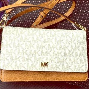 Michael Kors Phone Crossbody Leather Bag